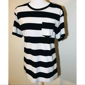 Black and White Striped Lucky Brand Tee T-Shirt L